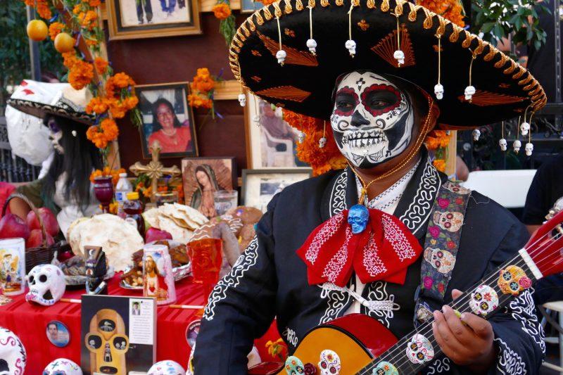 Noche de Altares/Dia De Los Muertos in Santa Ana California